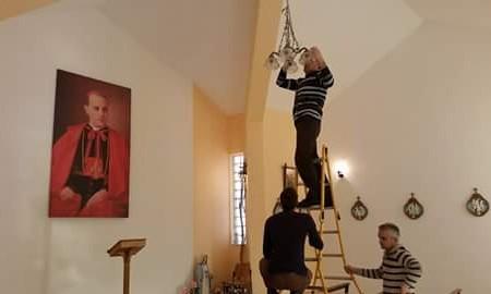 Blagoslov crkve u Podvraniću, i  dolazi...